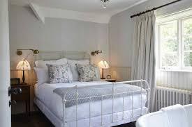 antique bedroom decor. Farmhouse Bedroom Awesome Decorating Ideas For Antique Decor