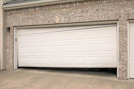 my garage door won t close can i fix it