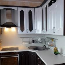 Modern Kitchens With Space Saving And Ergonomic Corner Sinks Simple Kitchen Designs With Corner Sinks