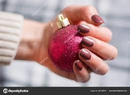Dívka Hnědá Manikúra Nehty Polské Gelu Nehet Drží červené Vánoční