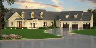 craftsman house plan with in law suite