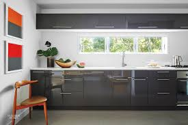 Looklacquered furniture inspriation picklee Paint Grovescoeasthamptionnyresidential09kitchenjpg Interior Design Homes S Russell Groves Renovates 1970s Hamptons Ranch