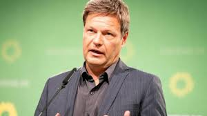 The platform, he argued, is full of malice and hatred. Bundestag Candidate Greens Leader Robert Habeck Wants In The Bundestag Teller Report