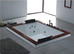 jacuzzi tubs for two what to know before ing a whirlpool bathtub bath and outside jacuzzi tubs