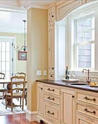 best wall paint color for cream kitchen cabinets best for cream kitchen cabinets what colour walls