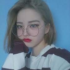 """Résultat de recherche d'images pour """"fille coréenne lunette ronde"""""""