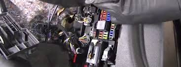 ford mustang v6 and ford mustang gt 2005 2014 fuse box diagram interior fuse box