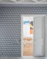 Stairway Wallpaper Design 25 Stylish Hallway Wallpaper Ideas Entryway And Stairway