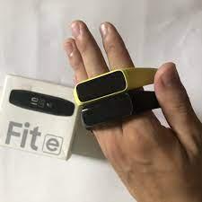 Vòng Đeo Tay Thông Minh GALAXY FIT E R375 chính hãng Samsung giá cạnh tranh
