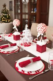 Decoration Table De Noel Rouge Et Blanc Avec D Coration De Noël En ...