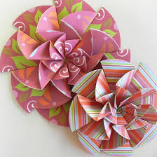 Paper Rosette Flower How To Make Paper Rosettes For Party Decor Feltmagnet