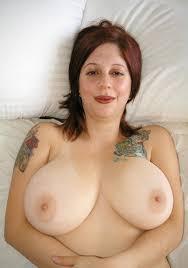 Bulging tits solo porn