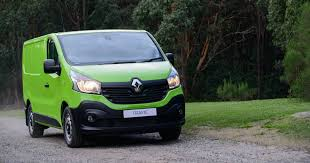 2018 renault trafic.  trafic 2017 renault trafic gets power boost and a limitedtime driveaway deal with 2018 renault trafic