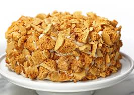 Coffee crunch cake by shireen anwer recipe of coffee crunch cake by shireen anwer on masala tv views: Valerie Gordon Will Revive An Iconic Dessert For Laist And You Get To Help Decide Which One Laist