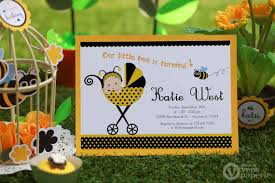 Printable birthday stationery paper ~ Printable birthday stationery paper ~ Diy printable invitation card baby bumble bee birthday