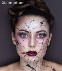 spiderman makeup whether you are planning a mad medusa look or a glam zombie we are sure that
