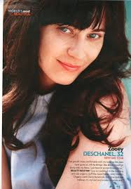 breaking a picture of zooey deschanel without makeup on