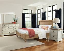Cresent Fine Furniture Cottage Queen Bedroom Group - Item Number: 201 Q  Bedroom Group 2