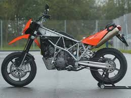 2006 ktm 950 supermoto first ride review motorcyclist online