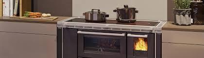 Küchenherd Holzherd Kochen Und Dabei Heizen