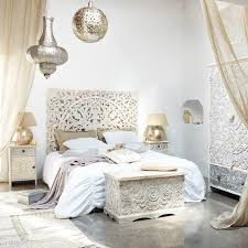 carved solid mango wood headboard in white with distressed finish w 160cm kerala maisons du carved solid mango wood