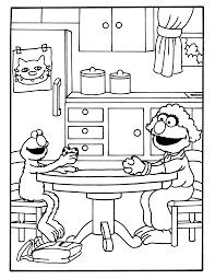 Kleurplaten Paradijs Kleurplaat Elmo En Zijn Moeder Aan Tafel