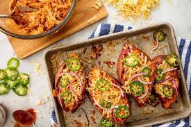 Ubi ungu dapat dikreasikan menjadi berbagai makanan yang enak dan cantik. Aneka Resep Olahan Makanan Dari Ubi Jalar