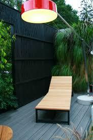 Sichtschutz Im Garten 36 Ideen Wie Sie Den Privatbereich Abschirmen Gartengestaltung Pflege Patio Bereich Paravent Garten Beweglicher Sichtschutz