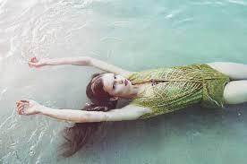 Pin by Irene Manresa Moreno on Swish   Mermaid photography, Lula, Heath