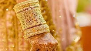 Bridal Bangle Set Designs 9 Traditional Indian Bridal Bangles Set Designs 2019