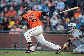 SF Giants' Buster Posey exits early ...