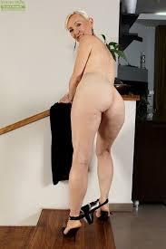 Naked granny women photos