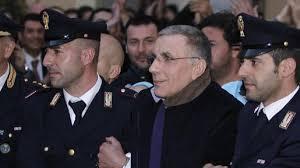 Zagaria protesta durante il processo