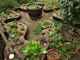 Small Picture 7 best Keyhole Gardens images on Pinterest Edible garden Garden