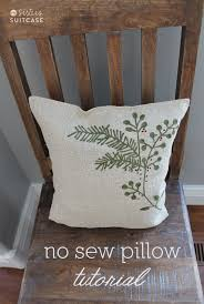 This Is The Fastest Pillow I Have Ever Made. For Reals. It Took Me 3  Minutes! I Found This Metallic Burlap Holiday Placemat At Target For $3.