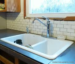 Diy Tile Kitchen Countertops A Diy Kitchen Makeover The Sweet Smell Of Progress The Decor Guru