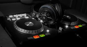 your questions why doesn t mixtrack have a headphones jack over to you my dj controller s phones level is too quiet