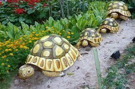 10 creative garden decoration ideas