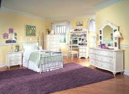decorate bedroom cheap. Brilliant Cheap BedroomDecorating Small Bedrooms On A Budget Decorating  Exquisite Cheap In Decorate Bedroom T