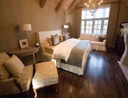 Quin Bett Dekorieren Beige Wandfarbe Im Schlafzimmer Freshouse