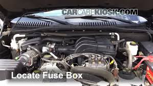 replace a fuse 2007 2010 ford explorer sport trac 2008 ford 2007 Ford Sport Trac Fuse Box Location replace a fuse 2007 2010 ford explorer sport trac 2008 ford explorer sport trac xlt 4 0l v6 fuse box location on ford 2007 sport trac