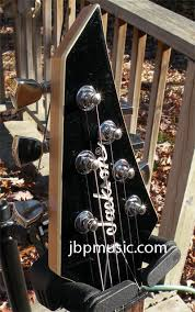 mod guitar dot com guitar mods and hints from jim pearson however if i can a nice basic jackson v shape or dinky shape low end but in great shape anybody got any dusty project jacksons