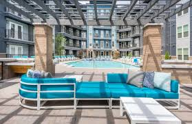 Welcome home to cadence music factory, uptown charlotte's newest apartment home community located in the heart of avidxchange music factory. Cadence Music Factory Apartments Charlotte Nc Rentdeals Com