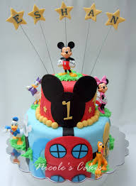 Baby Mickey Mouse Edible Cake Decorations 17 Best Images About Mickey Mouse Party Ideas On Pinterest