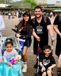 At com Over In Pushing Shamers Slams Strollers Snooki Kids Mom People Disney