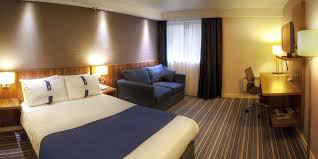 Airport Bed Hotel Hotel With Parking Holiday Inn Express Edinburgh Airport