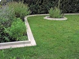 13 garden edging ideas keep your lawn