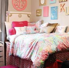 Small Picture 209 best Room Decorations images on Pinterest College dorm rooms