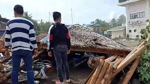 A powerful earthquake shook parts of the southern philippines on thursday night, but authorities said it was too deep to cause major damage and no tsunami warning was issued. Philippines Hit By Deadly Earthquake In South Bbc News