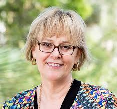Caroline Finch - Wikipedia